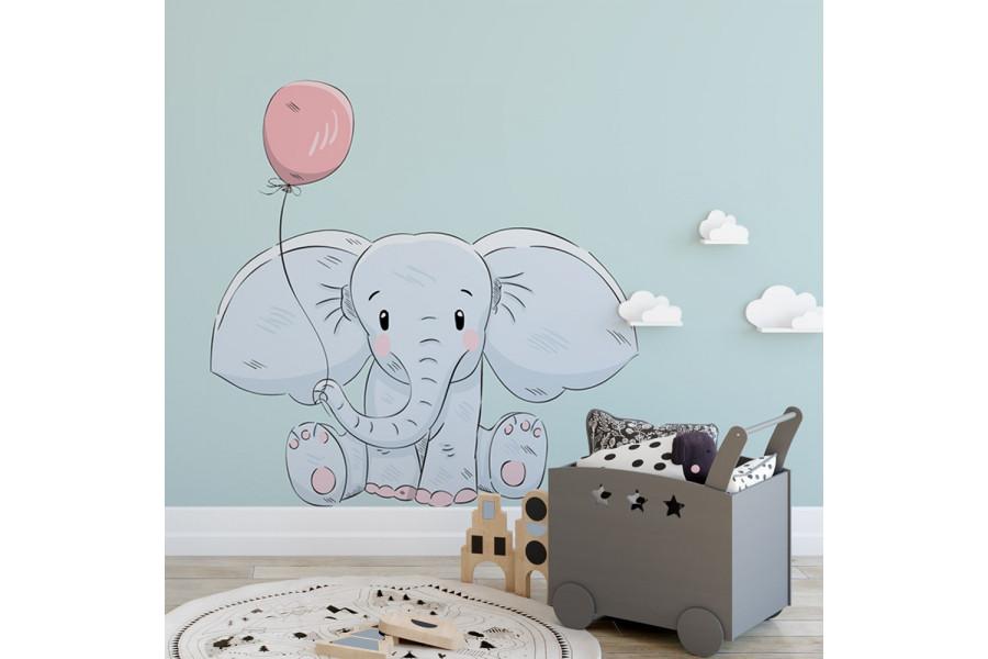 Elephant avec ballon