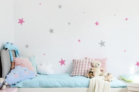 Estrellas rosas y grises
