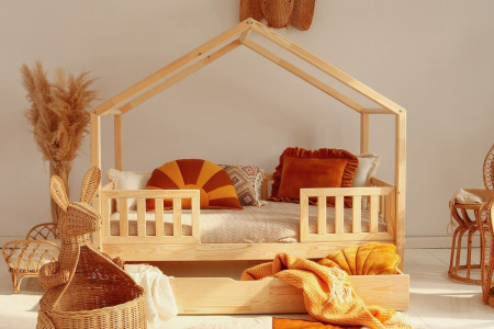 House Bed DWT