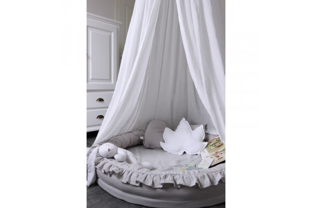 Bed Canopy and Cocoons